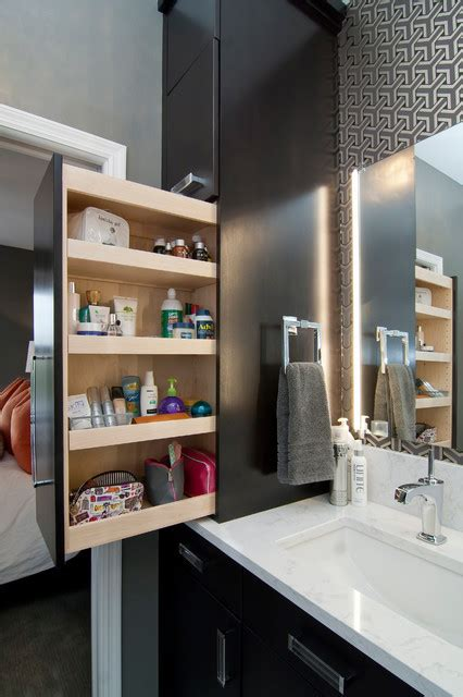 diy extra storage items  small bathrooms