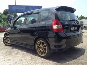 Find Good Deals  Honda Jazz 1 4 Idsi 2003  2004 Cbu