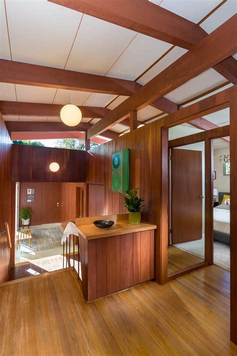 fantastic mid century modern hall designs     love em
