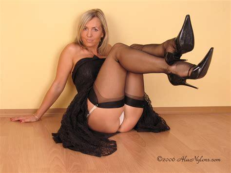 Polish Milf 79347 Free Porn Pics Of Ala Nylon From Poland
