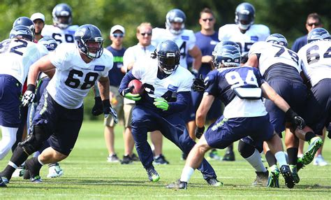 seahawks training camp impressions cliff avril