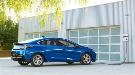 chevy volt release date price review specs colors