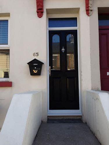 door top lights  windows  doors