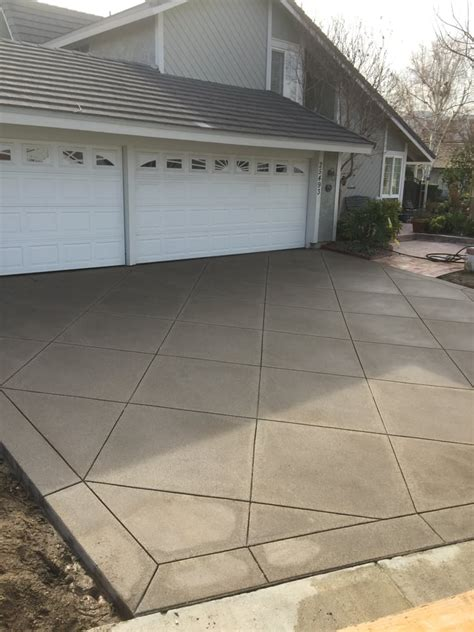 sand finish concrete driveway with davis color san diego