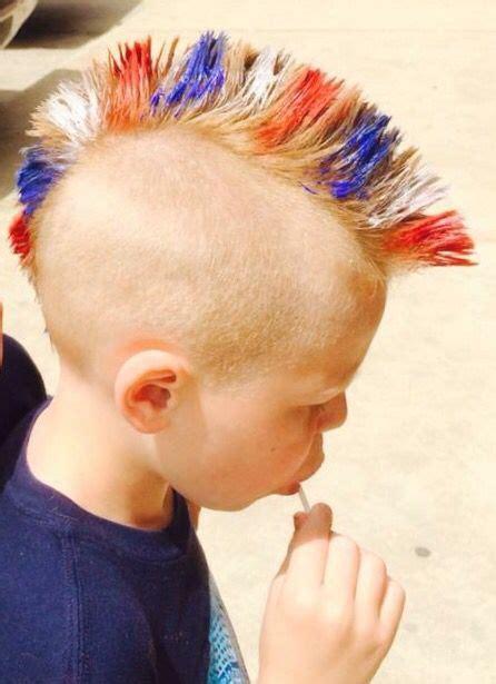 Mohawk Hairstyles For Boys by Best 25 Boys Mohawk Ideas On Haircut