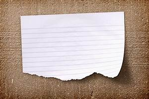 Realistic Torn Paper Note On A Wood Background | Design ...