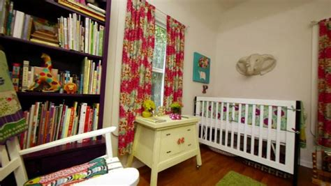 Small Space Decorating Shared Kids' Room And Storage