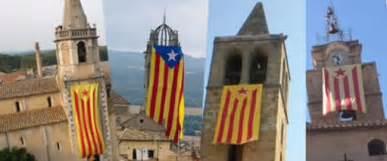 Resultado de imagen de banderas de cataluña en ls iglesias