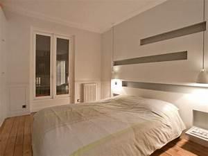chambre parentale grise best le pic saint loup la chambre With salle de bain design avec décoration tête de lit originale