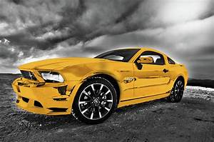 Yellow Ford Mustang 2005 Muscle Car Wall Art Picture Photograph by Hotel Arizona HD