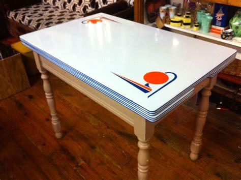 vintage  trylon perisphere table  york worlds fair