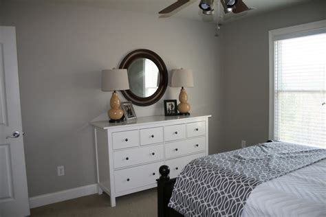 Is Gray A Color To Paint A Bedroom by Amazing Gray Sherwin Williams Master Bedroom Color My