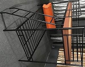 Hochbett Aus Metall : 5 5 4 g nstiges hochbett aus metall etagenbett aus metall mit 2 x liegefl che 90x200cm ~ Frokenaadalensverden.com Haus und Dekorationen