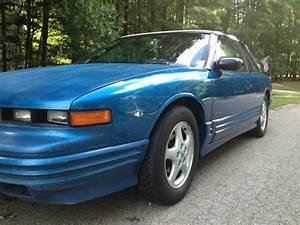 Buy Used 1993 Oldsmobile Cutlass Supreme Base Convertible 2