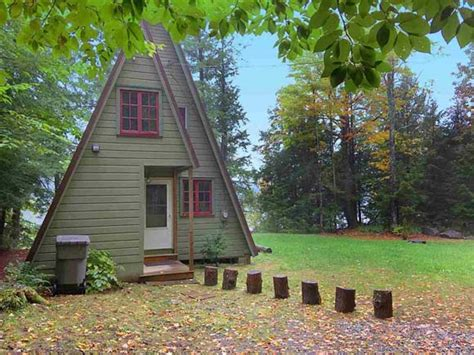 cabins for rent in ny on the market 10 tiny vacation homes