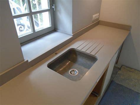 cuisine avec plan de travail en granit plan de travail marbre ou granit