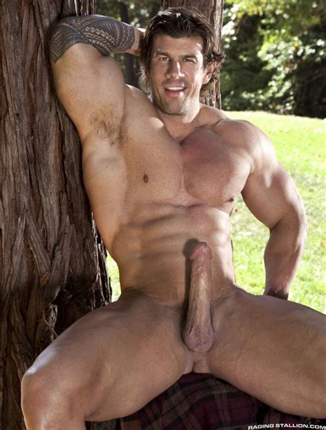 Queer Me Now Top 15 Most Popular Gay Porn Stars Of 2013