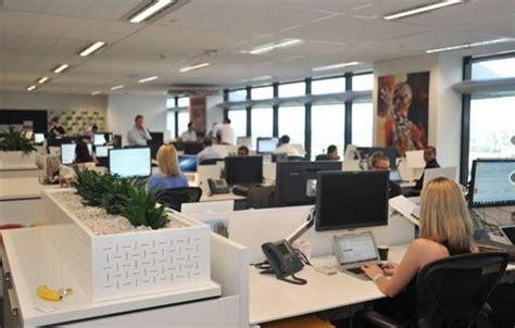 am駭agement bureau open space open plan office space
