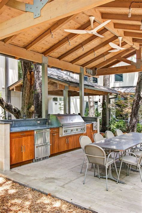26+ Appealing Outdoor Kitchen Design Rustic