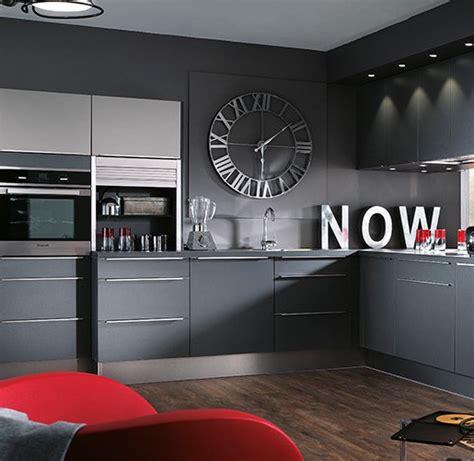 deco cuisine gris et noir superbe deco cuisine noir et gris 7 horloge de cuisine