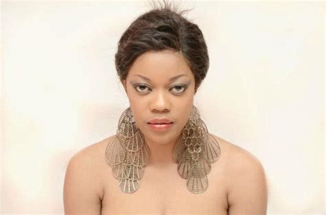 actress eve esin biography connoisseur why you should vote eve esin for city