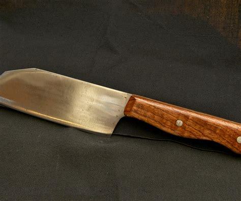 a kitchen knife 7