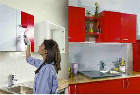 peindre meuble cuisine mélaminé comment repeindre les meubles de la cuisine