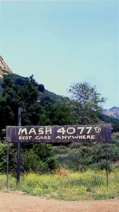 Mash Tv 4077th Episode Hawkeye Wallpapers Yankee