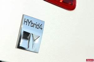 Crossover Hybride Comparatif : le peugeot 3008 hybrid4 affronte le volkswagen tiguan tdi l 39 argus ~ Maxctalentgroup.com Avis de Voitures