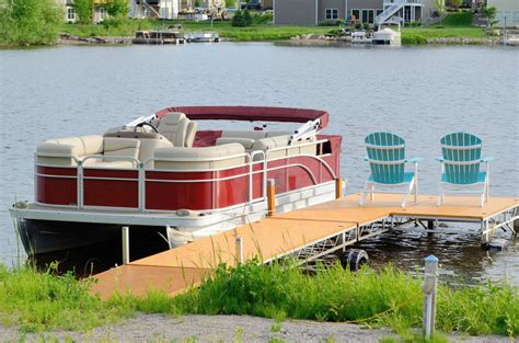 Different Types Of Lifts For Pontoon Boats