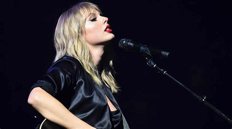 Bring Back Her Voice: Why Can't Taylor Swift Sing Her Old ...