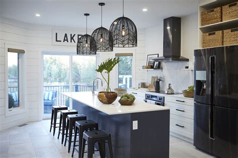18 modern white kitchens packed with personality