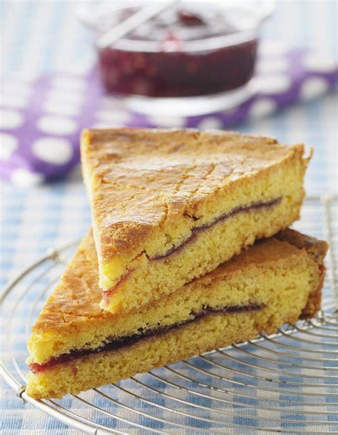 recette cuisine basque gâteau basque pour 4 personnes recettes à table