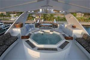 Luxury Motor Yacht Lady Bee Luxury Yacht Charters In The