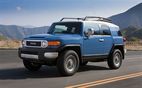 2013 Toyota Fj Cruiser by Toyota Fj Cruiser 2013 Widescreen Car Wallpaper 21