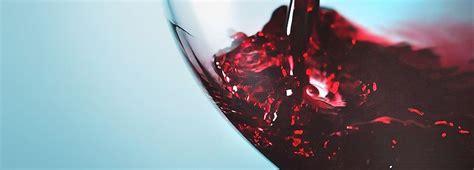 jesus quer transformar agua em vinho