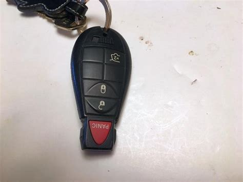 jeep grand cherokee key fob battery replacement