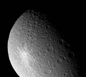 DLR Portal - DLR helps plan Cassini fly-by of Saturn moon Rhea