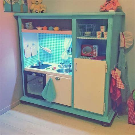 tv pour cuisine d 233 tournement de meuble tv en cuisine pour enfants diy cuisine et tvs