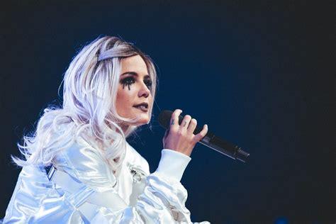 Halsey At Talking Stick Resort Arena In Phoenix Oct. 31 2017