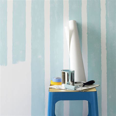 easy wall decorating ideas  renters