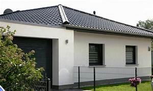 Bungalow Mit Garage Bauen : bungalow mit garage bauen bungalow mit doppelgarage bauen ~ Lizthompson.info Haus und Dekorationen