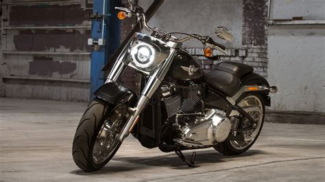 harley davidson fat boy  price mileage reviews
