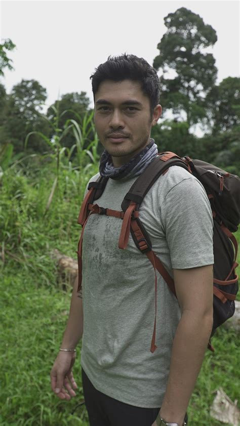 Henry Golding Returns To His Iban Roots In Discovery ...