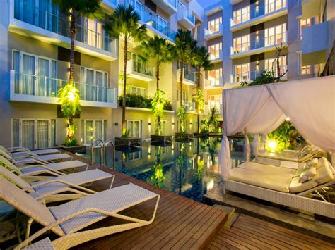 hotel grand ixora kuta resort penginapan berdesain