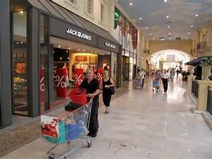 Centre Commercial Carrefour Vitrolles : carrefour quimper ~ Dailycaller-alerts.com Idées de Décoration