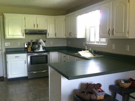 kitchens with green countertops best 25 green countertops ideas on kitchen 6623