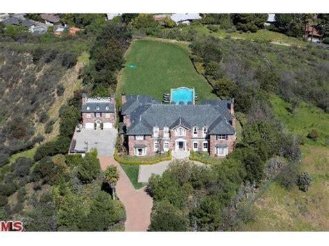 heidi klum haus see inside heidi klum s new 10 million mansion pursuitist