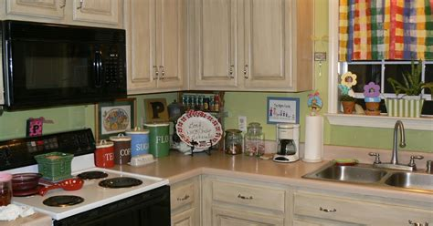 where can i donate kitchen cabinets my 4littlepilgrims painted and glazed kitchen cabinets 2010