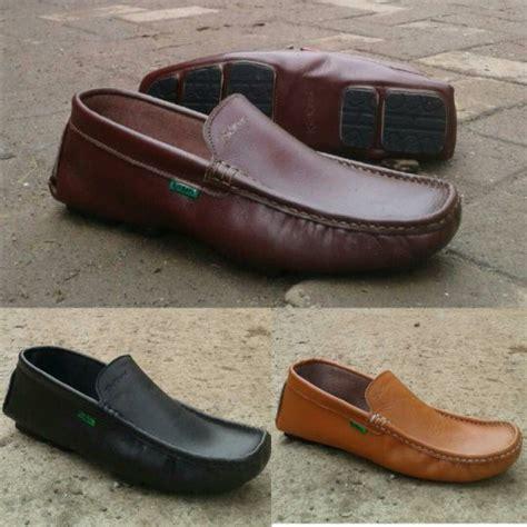 jual beli sepatu moccasin pria kickers casual pria slip on sepatu moccasin sepatu